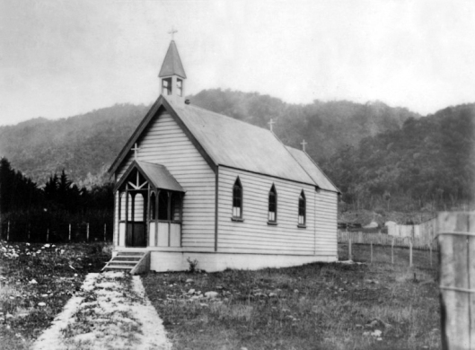 st-lukes-church-waikanae-1902