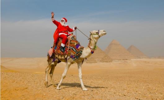 santa-pyramids
