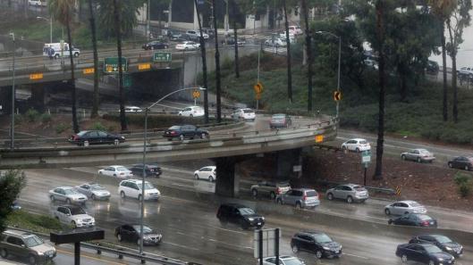 la-me-rain-drenches-parts-of-southern-californ-003