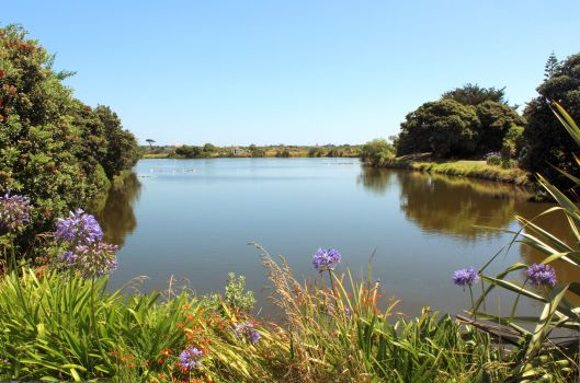 Waimanu Lagoon 2