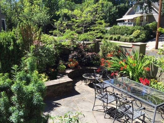 Portland house garden