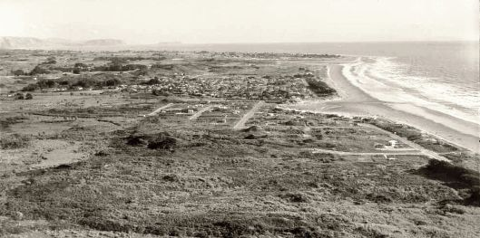 Waikanae beach looking south April 1965