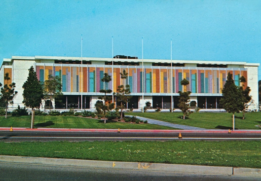 Beverly-Hills-Library-Postcard-1965