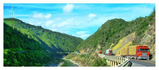 Manawatu Gorge trucks