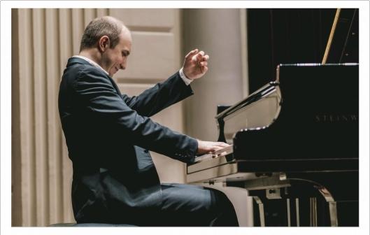 alexander-gavrylyuk-piano-1080x744.jpg