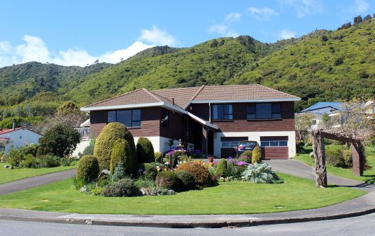 Huia Frontage