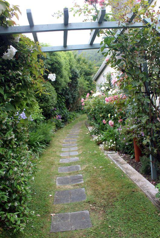 Huia Garden path
