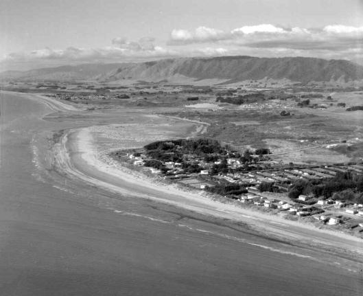 Pram beach March 1956