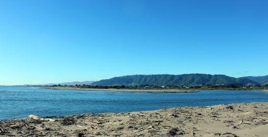 Waiky River Mouth
